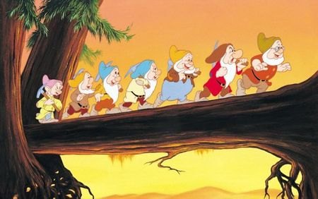 Snow-white-and-the-seven-dwarfs-3